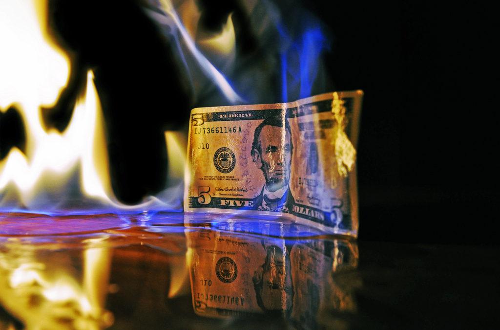 Sua estratégia de marketing de mídias sociais desatualizada está queimando dinheiro